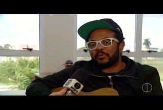 Marcelo Marrom faz duas apresentações neste sábado em Campos dos Goytacazes, no RJ - Humorista faz show no Trianon.