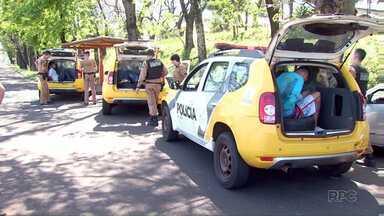Homens são presos depois de assaltar empresa na Vila A - Durante a tentativa de fuga, houve perseguição e troca de tiros.