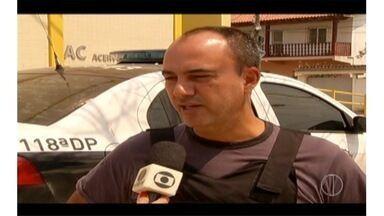 Operação contra o tráfico de drogas cumpre mandados de prisão em Araruama, no RJ - Ação também cumpre mandados de busca e apreensão.