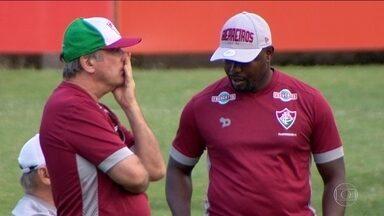 Levir terá que arrumar substituto para Wellington no jogo contra a Chapecoense - Atacante está suspenso.
