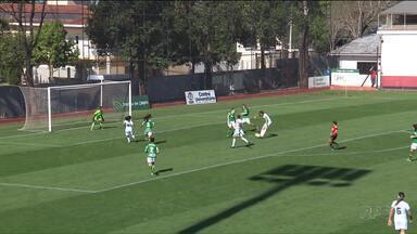 Foz Cataratas goleia e garante vaga - Time de futebol feminino venceu bem a Chapecoense e seguiu para a próxima fase da Copa do Brasil