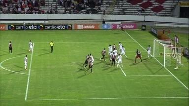 Santa Cruz consegue vitória em cima do Atlético Paranaense - Jogo foi no Arruda e gol foi no fim do jogo.