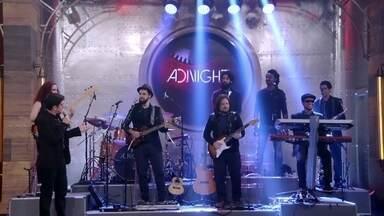 Inspirados por Neymar, Adnet e banda Adnight apresentam musical - Música faz referência a grandes craques da bola