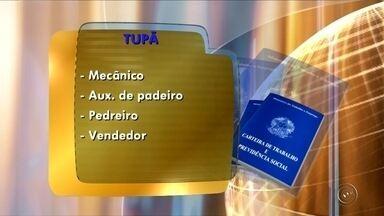 PAT de Tupã oferece oportunidades de emprego - O Posto de Atendimento ao Trabalhador de Tupã (SP) oferece vagas de emprego para mecânico, auxiliar de padeiro, pedreiro e vendedor. O PAT fica na Avenida Tapuias, 907, no centro.