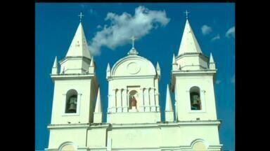 Desabamento do teto de igreja chama a atenção para conservação de prédios antigos - Desabamento do teto de igreja chama a atenção para conservação de prédios antigos