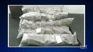 Cerca de 500 kg de drogas foram apreendidos em São Luís, MA - Cerca de 500 kg de drogas foram apreendidos no começo da noite de sexta-feira (16) em dois bairros de São Luís (MA).