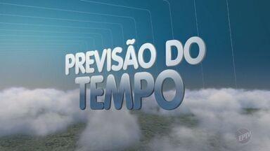 Temperaturas ficam elevadas e previsão é de chuva para a região de Campinas - Nesta segunda-feira (19), a previsão é de máxima de 31ºC em Campinas, com possibilidade de chuva durante o dia.