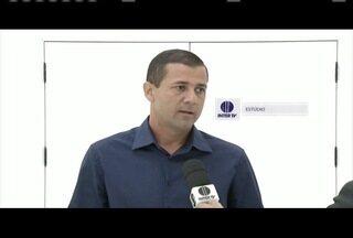 Roberto Carlos (PT do B) é entrevistado na Inter TV dos Vales - Ele disputa cargo como prefeito de Ipatinga em 2016.