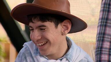Alunos com deficiência recebem atividades da Semana Farroupilha - Estudantes são do Educandário São João Batista na Zona Sul da capital.