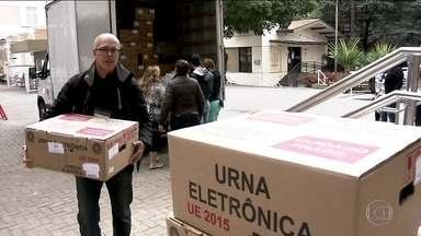 São Paulo se prepara para as eleições municipais - Eleição de São Paulo é a maior do país em número de eleitores. E já está tudo pronto para o início da votação.