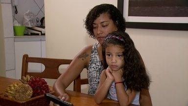 Pais não conseguem matricular os filhos na rede pública do DF - A telematrícula está aberta desde sábado (1). E no terceiro dia de atendimento, os pais ainda não conseguem matricular os filhos na rede pública.