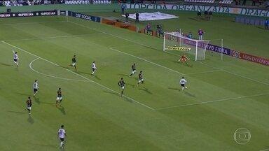 Coritiba bate o América-MG e sobe na tabela do Brasileirão - O Coxa venceu por 3 x 0.