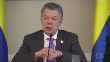 Colombianos comemoram o Nobel da Paz do presidente Juan Manuel Santos - Muitos colombianos foram para as ruas assim que souberam que o presidente da Colômbia ganhou o prêmio Nobel. O anúncio foi feito em Oslo, na Noruega.