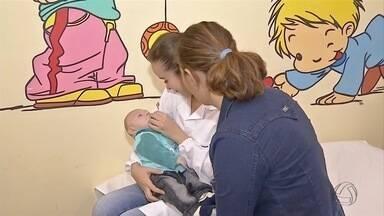 Mães e bebês com vírus da zika recebem acompanhamento em Dourados - Ambulatório já recebeu 79 gestantes de Dourados e região e 10 casos foram confirmados. Dos quatro bebês que nasceram, um tem microcefalia.
