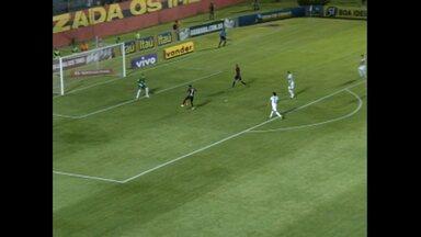 Vitória 2 x 1 Coritiba, pelo Campeonato Brasileiro de 2013 - Vitória 2 x 1 Coritiba, pelo Campeonato Brasileiro de 2013