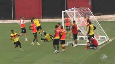 Vitória faz último treino em Salvador antes de jogar contra a Ponte Preta - O time viaja na quarta (12) para Campinas e faz mais um treino à tarde para o jogo que acontece na quinta (13).
