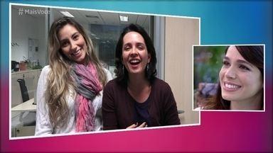 Sabrina Petraglia recebe recado especial das amigas da escola - Nadia Bochi mostra vídeo das duas ainda adolescentes cantando musicais e revela como eram os acampamentos na época delas