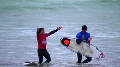 Medina não avança na etapa da França mas ainda briga pelo título no Mundial de Surfe - Medina não avança na etapa da França mas ainda briga pelo título no Mundial de Surfe