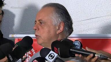 Fernando Carvalho culpa arbitragem pela derrota do Inter para o Botafogo - Assista ao vídeo.