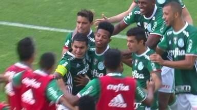 Os gols de Figueirense 1 x 2 Palmeiras pela 31ª rodada do Brasileirão - Os gols de Figueirense 1 x 2 Palmeiras pela 31ª rodada do Brasileirão