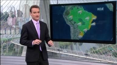 Chuva no Rio Grande Sul afeta mais de 60 cidades - Confira a previsão do tempo para esta quinta-feira (20) em todo o Brasil.