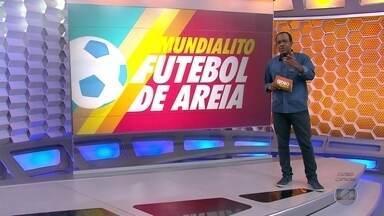 Brasil segue invicto no Mundialito de futebol de Areia, em Santos - Brasil segue invicto no Mundialito de futebol de Areia, em Santos