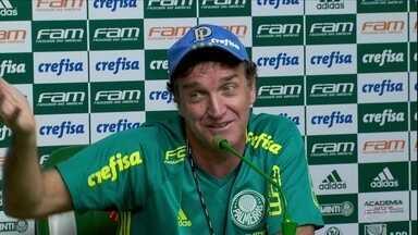 Cuca reclama da qualidade do gramado da Arena do Palmeiras para jogos finais do campeonato - Cuca reclama da qualidade do gramado da Arena do Palmeiras para jogos finais do campeonato