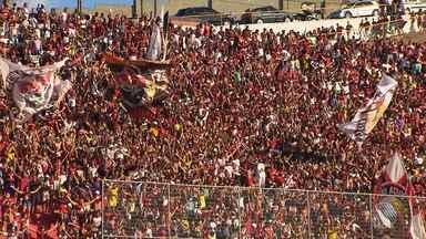 Vitória quer apoio da torcida para jogo deste domingo (23) contra o Cruzeiro - Partida é importante para as duas equipes, que estão lutando para se afastar da zona de rebaixamento. Vitória quer aproveitar as vantagens do mando de campo, pois a partida será no Barradão.