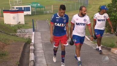 Hernane sente dor na coxa durante treino do Bahia - Confira as notícias do time do interior baiano.