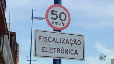 Novos radares começam a funcionar em ruas e avenidas de Poços de Caldas (MG) - Novos radares começam a funcionar em ruas e avenidas de Poços de Caldas (MG)