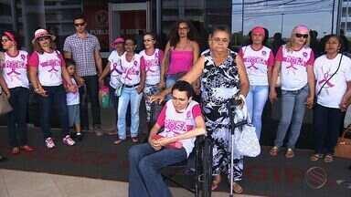 Pacientes em tratamento contra o câncer fazem protesto - Pacientes em tratamento contra o câncer fazem protesto.