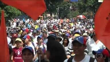 Venezuela tem protestos contra Maduro por impedir plebiscito - Os manifestantes acusam o presidente de impedir a realização de um plebiscito que poderia tirá-lo do poder.