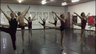 Ballet Stagium comemora aniversário com espetáculo no Sesc Bom Retiro - O espetáculo 'Preludiando' é marcado pela beleza e elegância das coreografias. A companhia completa 46 anos.