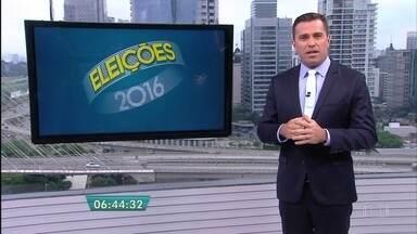 Moradores de quatro cidades votam no 2º turno na região do ABC Paulista - Santo André, na região do ABC, foi a primeira cidade do estado de São Paulo a conhecer o prefeito eleito. Mas, o destaque negativo das eleições foi a grande quantidade de santinhos jogados nas ruas.