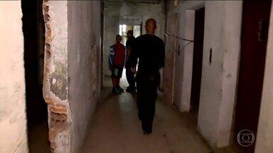 Sem-teto ocupam prédios e terrenos em São Paulo - Os trabalhadores sem-teto ocuparam sete imóveis abandonados em bairros diferentes da capital. Eles pertencem à 'Frente de Luta por Moradia'.