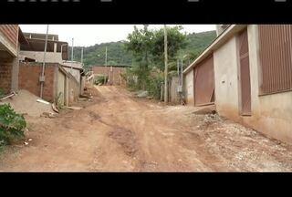 Blitz do MG: Moradores reclamam da falta de pavimentação em Timóteo - Problema afeta moradores do Bairro Ana Malaquias.
