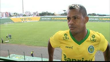 Campinense anuncia fim da negociação com Marcelinho Paraíba - Após veto do Inter de Lages, Raposa admite que atacante não vem mais
