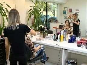 Lei para o serviço de parceria ampara profissionais do setor de beleza - Legislação favorece cabeleireiros, maquiadores e manicures.
