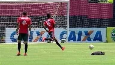 Apesar de desfalques, jogadores do Flamengo treinam e ainda acreditam no título - Apesar de desfalques, jogadores do Flamengo treinam e ainda acreditam no título