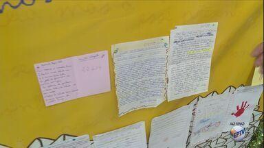 Cartas de crianças já estão disponíveis para adoção na campanha de Natal dos Correios - Cartas de crianças já estão disponíveis para adoção na campanha de Natal dos Correios