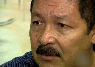 Ex-prefeito de Coari, Arnaldo Mitouso é preso no AM - Mitouso era réu e foi condenado em 2012 por ter assassinado a tiros o prefeito de Coari na época, Odair Carlos Geraldo, em um restaurante do município.