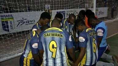 Africanos representando o futsal de Roraima se divertem no JUBs - Africanos representando o futsal de Roraima se divertem no JUBs