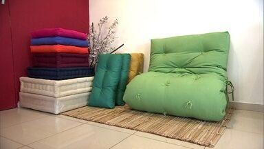 Você no PEGN: futons inovadores são aposta de empreendedor - Futon é uma espécia de colchão que o empresário Mauricio Tribug inovou ao dá-lo novas caras e usos. Atualmente ele e sua equipe tem lojas em São Paulo, no Rio de Janeiro e em Florianópolis, além do e-commerce.