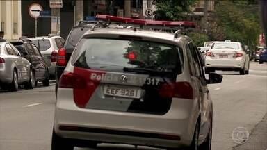 Polícia de São Paulo procura homem suspeito de matar a ex-mulher - A polícia já tem imagens do sistema de segurança que podem ajudar a esclarecer o crime.