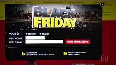 Lojas antecipam promoções da Black Friday para recuperar vendas - Este ano, a Associação Brasileira de Comércio Eletrônico espera um crescimento de 18% nas vendas. Segundo um levantamento do SPC, o preço baixo é o principal motivo para o consumidor comprar nesta data.