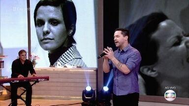 Pedro Mariano canta 'O Bêbado e o Equilibrista' - Sucesso foi eternizado na voz de Elis Regina, mãe do cantor