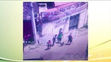 Polícia faz operações em regiões diferentes do Rio, dois dias após da queda do helicóptero - Dois suspeitos morreram, dois ficaram feridos e dez foram presos. Os sete corpos encontrados ontem na cidade de deus já foram identificados.