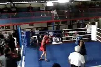 Alfa Mogi conquista prata na final do Paulista Feminino de Boxe - Thalita Santos foi derrotada por Bruna Gonçalves, de São Paulo.