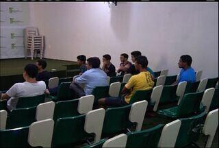 Alunos do Instituto Federal do Ceará do Crato ocupam prédio da universidade - Direção diz que acompanha o movimento de perto.