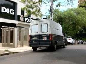 Advogados são presos durante operação policial no Oeste Paulista - Profissionais são suspeitos de envolvimento com facção criminosa.